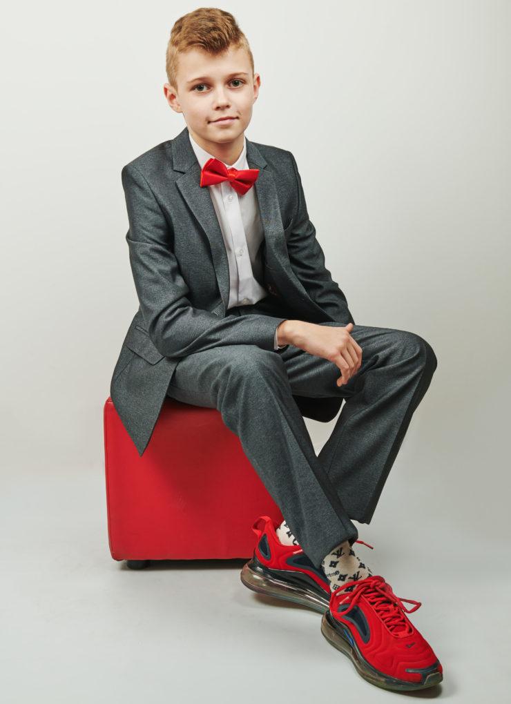 Костюм для мальчика (серый)